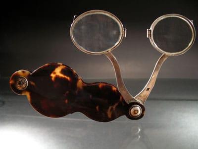 Occhiale a forbice in tartaruga Image