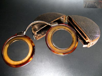 Folding bow spectacles Image